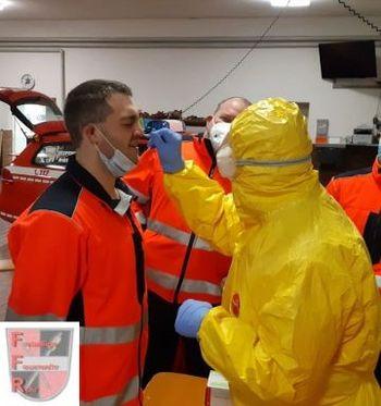 Corona-Schnelltest-Gruppe nach Feuerwehreinsätzen