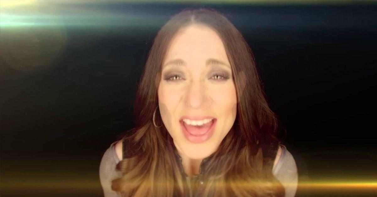 Edgar Lira ft. Christine D'Clario   En Ti Confiare