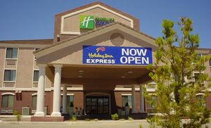 Image 1 | Holiday Inn Express Hotel & Suites Willcox