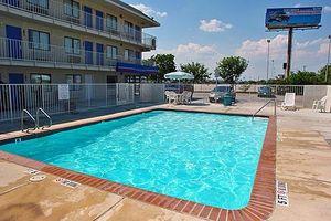 Image 2 | Motel 6 San Antonio West - Seaworld