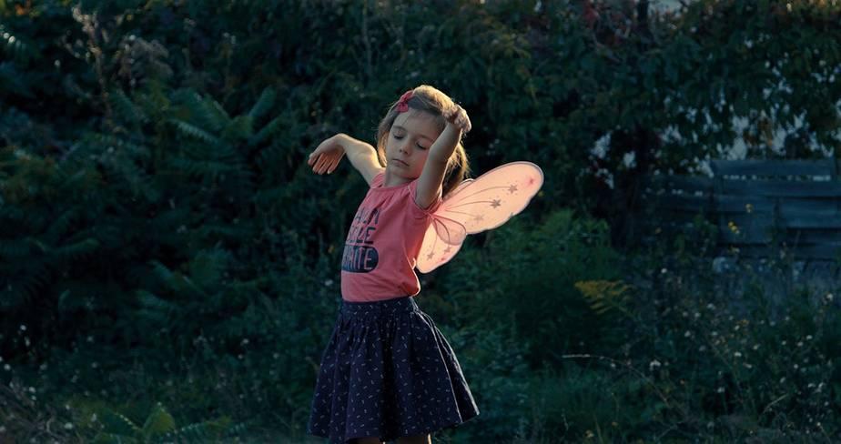 Petite Fille  /  Little Girl