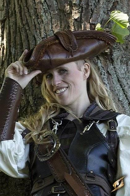 Chapeau de pirate en cuir brun (Pirate Hat - Brown)