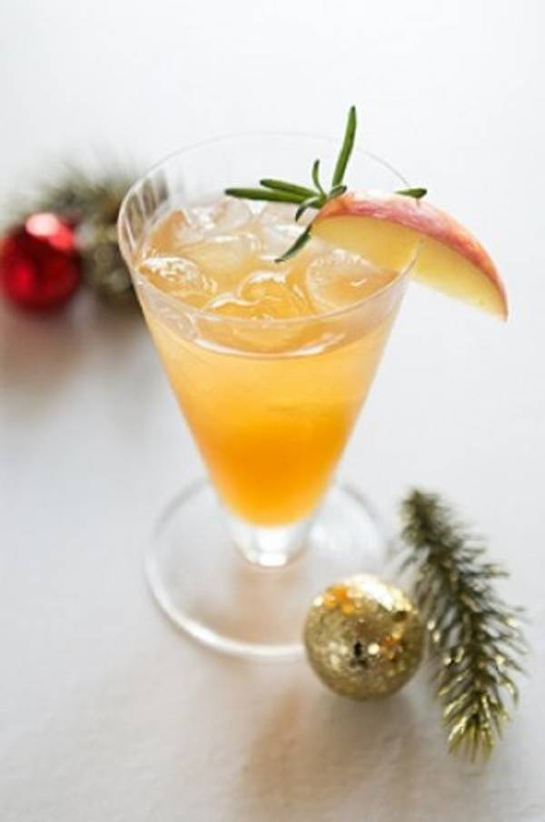 Rosemary Rum Swizzle