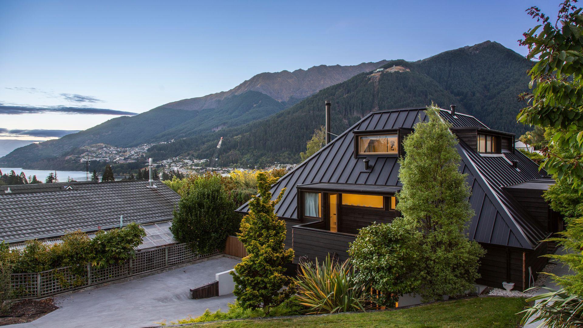 Mountain Utopia
