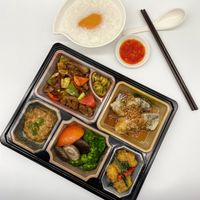 (CL) Deluxe Bento Set C (discount not applicable)
