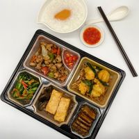 (CL) Deluxe Bento Set  B (discount not applicable)