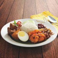 R21 Nasi Lemak with Sambal Prawns + Beef Rendang
