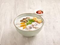 Sliced Fish with Dried Oyster and Salted Egg Congee  鱼片蚝士咸蛋粥