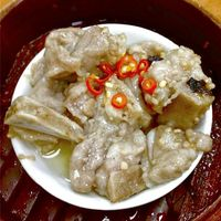 Steamed Spare Ribs with Black Bean Sauce	惹味鼓汁蒸排骨