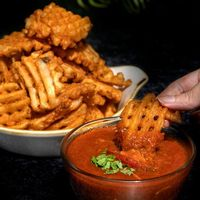 Waffle Fries with Chilli Crab Dip