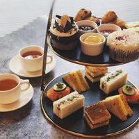 Weekend Afternoon Tea Set