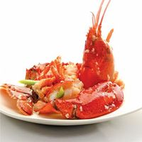 上汤焗开边波士顿龙虾	Wok-baked Boston Lobster with Superior Stock