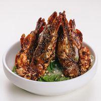 黑椒大虾皇 Wok-fried King Prawn with Black Pepper Sauce