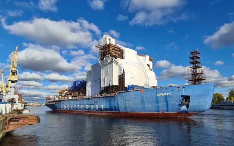 В России начались испытания второго «плавучего Чернобыля» – ледокола «Сибирь»
