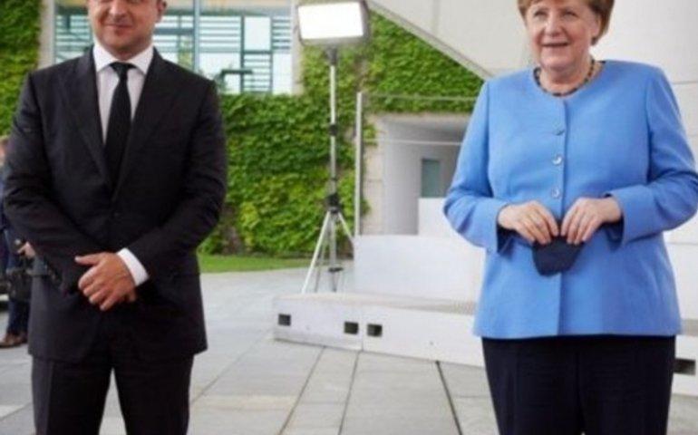 Про зустріч Зеленського і Меркель в 10-х словах