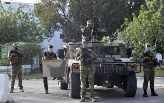 Что происходит в Тунисе? Путч от безнадёги.