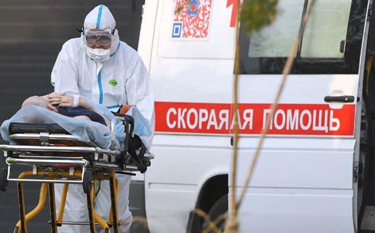 В Росії вчетверте повторили добовий рекорд смертності від коронавірусу