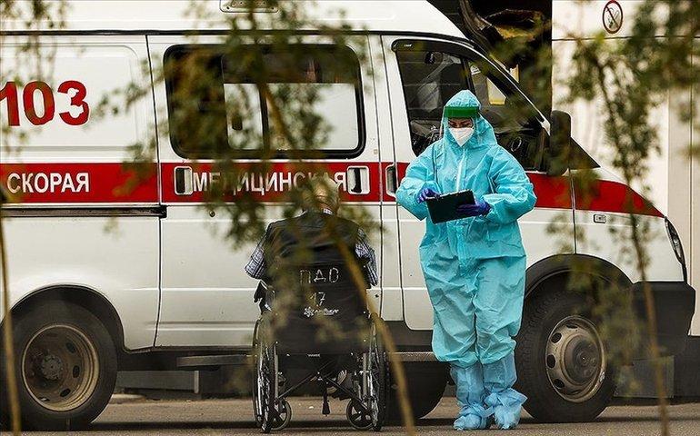 Росія повторила антирекорд добової смертності від COVID-19