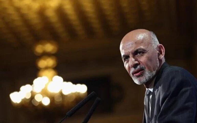 Президент Афганістану Ашраф Гані перебуває в ОАЕ