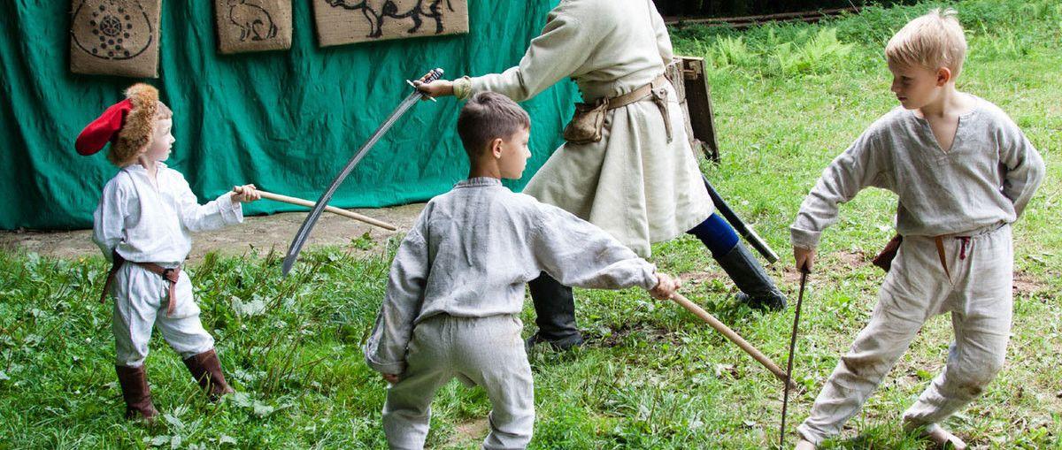 Патріотизм та любов до українського, прадавнього та рідного, формується з дитячих років