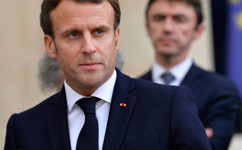 Путін очорнив Київ перед президентом Франції Макроном