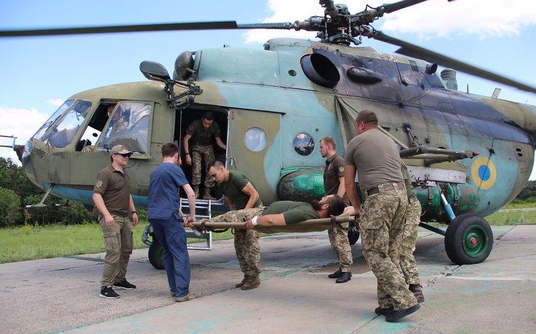 Нові обстріли в зоні ООС: поранено українського військового