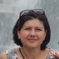 Олена Коротич
