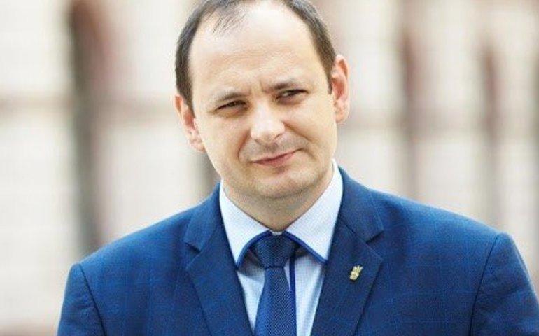 Мер Франківська Марцінків заборонив виплати матеріальної допомоги для невакцинованих