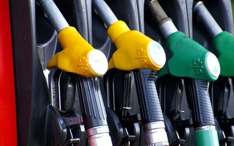 Ціни на бензин припинили зростання