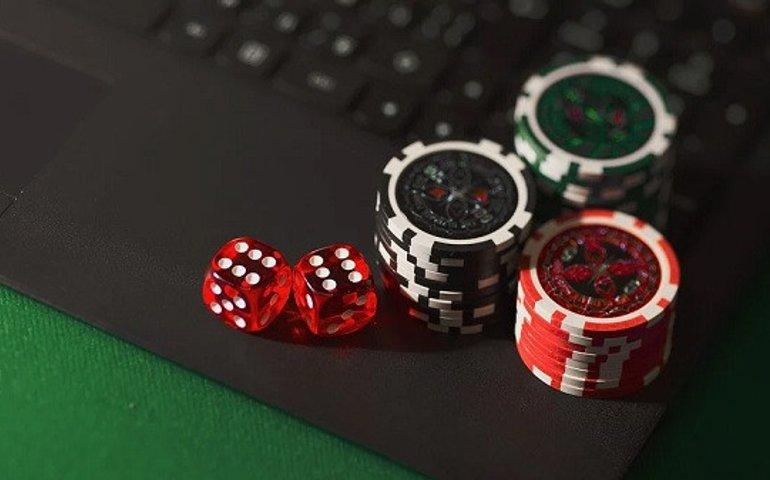 Почему онлайн-азартные игры становятся популярными