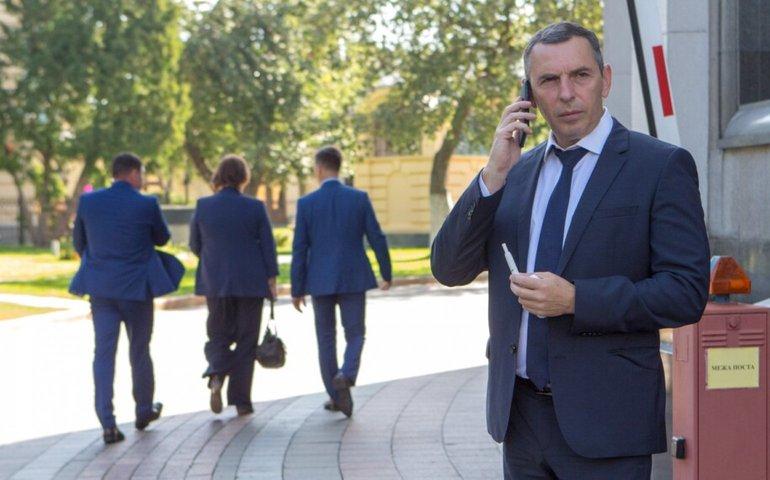 Помічник Зеленського Шефір «не перебуває в трудових відносинах» з ОПУ