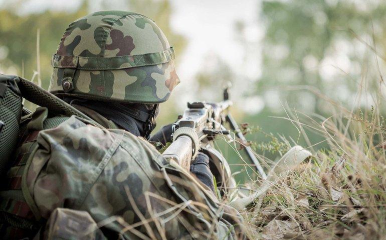 В зоні ООС втрати: один військовий загинув від підриву міни, ще одного поранено кулею
