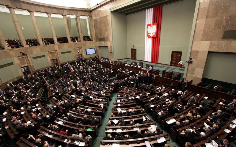 Дострокові вибори у Польщі?