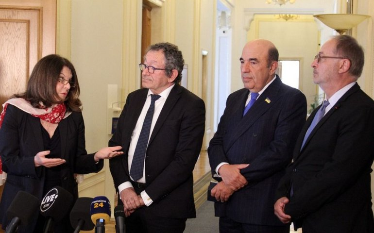 Дешёвый стыд ОПЗЖ и Игоря Гужвы в Сенате Франции