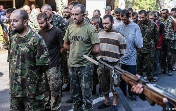 «Паради полонених» в окупованому Донецьку: чи здатна СБУ відповісти на публічне приниження нації?
