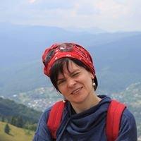 Леся Калиновська