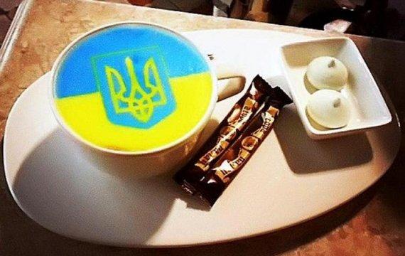 Філіжанка кави або Два набої для автомата