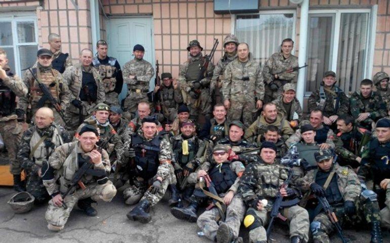Україна жива!