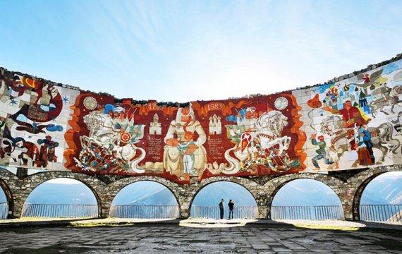 Недружня арка, або Прагматичний грузинський досвід