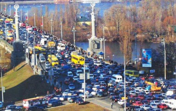 Киев: автомобили или пешеходы?
