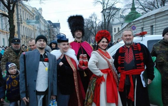 Задовбали ці уззкоязичні шоу на нашому телебаченні! Український Зірковий Вертеп для вас!