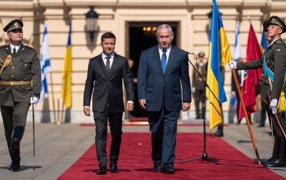 Зеленский и Нетаньяху. Как котят...