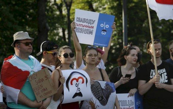 Кремль лезет в Беларусь, чтобы свернуть себе шею (видео)