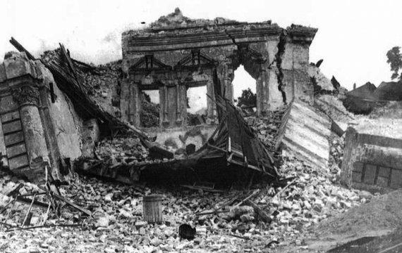 Хто знищив старий Київ та які пам'ятки дивом вдалося зберегти