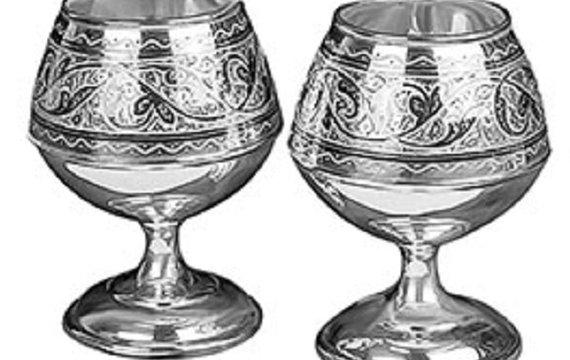 Історичні алюзії в назвах вірменського та азербайджанського алкоголю