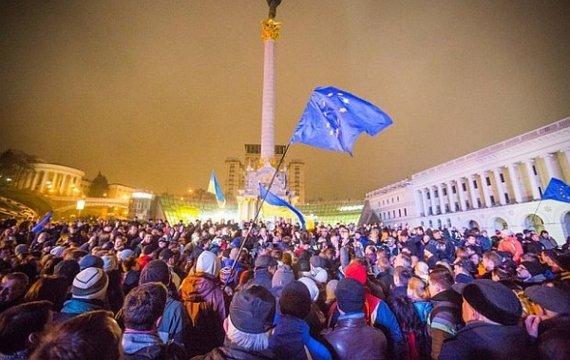 Майдан: Сім тез на сьому річницю