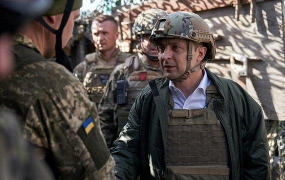 Президент привітав вояків...