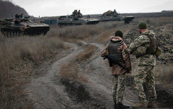 На Донбасі готуються до гарячої фази війни. Які причини загострення