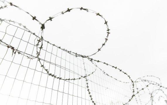Епоха глибокої стурбованості та кластери: як вижити Україні