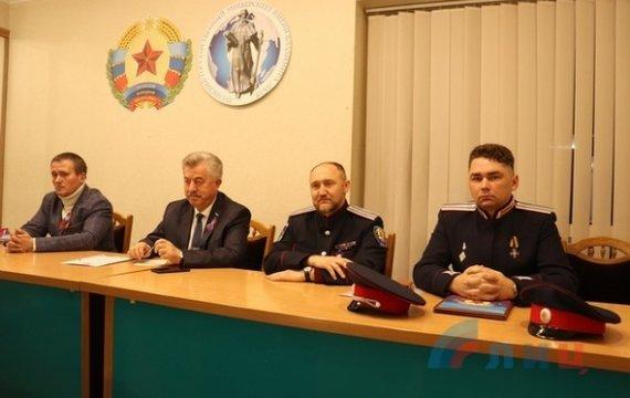 В «ЛНР» місцеві «козаки» заявили про можливість їх входження в структуру «Всевеликого війська Донськ